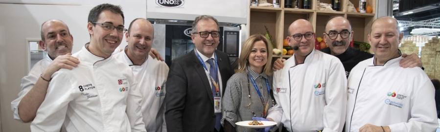 La Diputación promociona la calidad de los productos de Castellón Ruta del sabor con un homenaje a la tradicional coca de tomate